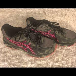 ASICS women's Running Shoes Size 10